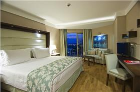 Deluxe room side sea view